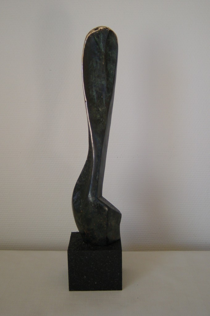 Female, bronze på granit 49x10x10