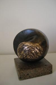 Forløsning IV, bronze på granit 21x17x16